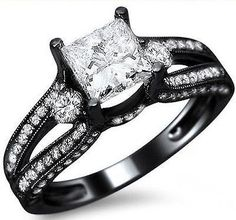 1-45ct-Princess-Cut-Diamond-3-Stone-Round-Engagement-Ring-14k-Black-Gold