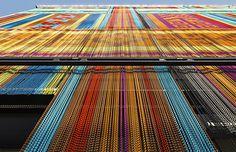 Fachada de impacto y a todo color: Pabellón de Ecuador, EXPO Milano.