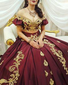MARRYME_Kairouan (1) Dress Outfits, Casual Dresses, Fashion Dresses, Nice Dresses, Traditional Fashion, Traditional Dresses, Evening Dresses, Prom Dresses, Dress Design Sketches