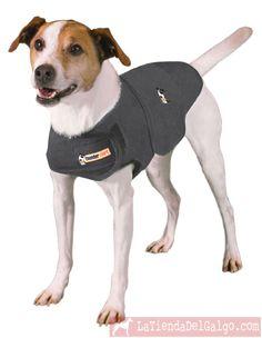 Camiseta anti-ansiedad para perro Thundershirt.  La Thundershirt logra calmar a los perros que sufren ansiedad producida por truenos, fuegos artificiales, viajes, ladridos y otros ruidos.    Ejerce una constante presión sobre el lomo y pecho del perro logrando que se relaje sin necesidad de fármacos.