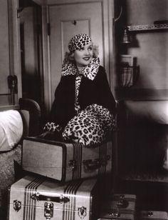 //|V|\ . Carole Lombard 1934