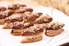 No uznejte sami, nevypadá to krásně? Czech Recipes, Russian Recipes, Christmas Sweets, Christmas Baking, Traditional Cakes, Sweet Desserts, Confectionery, Christmas Cookies, Nutella