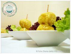 Polpettine di pollo al basilico con crema al curry  Chicken meatballs with basil cream curry