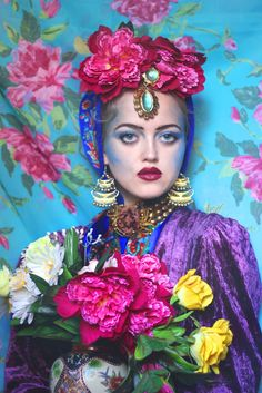 Olga Valeska: The russian kaleidoscope - Vatra Magazine. Beautiful jewel tones.