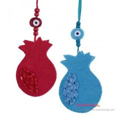 These ornaments made of glass evil eye, beads and felt. These felt ornaments also can be used as felt christmas decorations. Good luck wall ornament features a pomegranate, which symbolize prosperity and abundance. Paper Mache Crafts For Kids, Easy Crafts For Kids, Crafts To Do, Felt Crafts, Gifts For Kids, Paper Crafts, Wall Ornaments, Handmade Ornaments, Home Design