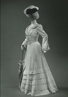 Suit  Jacques Doucet  (French, Paris 1853–1929 Paris) (not sure age to place this, so I split it down the middle! lol)