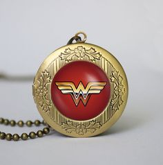 Wonder Woman locket super hero Wonder Woman vintage pendant locket necklace