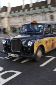 London Web Taxi services speared in Taxi Fare in London, Heathrow Taxi and Transfer service, Heathrow Airport, London Airport Transfer to United Arab Emirates.  http://www.londonwebtaxi.com/index.php?from=London%20Heathrow%20Airport=Dover%20Cruise%20Port