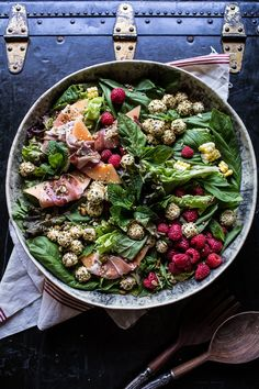 Fresh Basil Salad with Prosciutto. Fresh Basil Salad with Prosciutto Wrapped Melon and Toasted Seed Rolled Goat Cheese: get back on track with this colorful salad! Melon Recipes, Healthy Salad Recipes, Summer Recipes, Basil Recipes, Raspberry Salad, Half Baked Harvest, Soup And Salad, Salads, Paleo