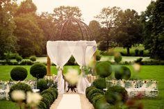 French wedding, Garden wedding in a Chateau