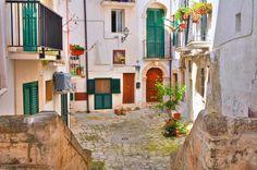 İtalya'nın şirin eyaleti Puglia'da geçireceğiniz unutulmaz 5 gün sizleri bekliyor! Bilgi ve Rezervasyon: ☎ 0212 211 40 20 - 21