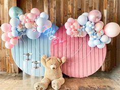 Gender Reveal Party Decorations, Birthday Decorations, Baby Shower Decorations, Gender Party, Baby Gender Reveal Party, Reveal Parties, Birthday Balloons, Baby Decor, Birthdays