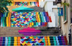 A Lebanese team of artists/designers, known as dihzahyners color the streets of Beirut through initiatives such as 'paint up!'