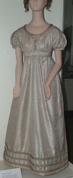 Silk Evening Dress with Round Neckline. English, c. 1822.