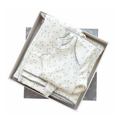 Auggie Baby 4 Piece Layette Set Pebble Grey – Bonjour Baby Baskets - Luxury Baby Gifts