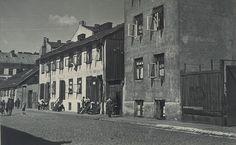 Muranów 1935r ul.Ostrowska  http://www.kolejkamarecka.pun.pl/_fora/kolejkamarecka/gallery/81_1441958024.jpg