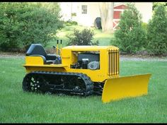 Building a Mini Bulldozer from Lawnmower Parts