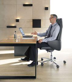 Fotele Format to połączenie wysmakowanego designu z najwyższym komfortem siedzenia. Kubełkowa forma krzesła biurowego marki Profim zachwyca od lat.