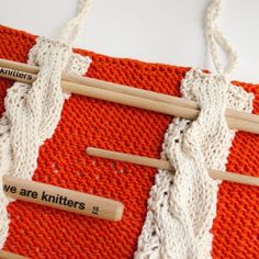 The best selection of free patterns to knit in wool, cotton, and fabric yarn. All levels