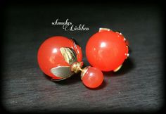 Rote Perlen Doppel-Perlen Ohrstecker von byschmuckesLaedchen