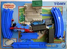 Thomas And Friends Toys, Rail Train, Tin Can Crafts, Close Shave, Thomas The Tank, Train Set, Home Jobs, Decoration, Playroom
