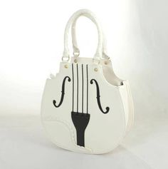 Cool gift idea for the season: the Violin Bag from www.clobbaonline.com
