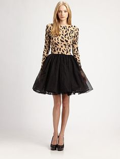 Oh @Alice Cartee Cartee Cartee + olivia @Alice Cartee Cartee Clarke madness! Love the dress- leopard top with fit flare black tulle skirt! #style #fashion #aliceolivia