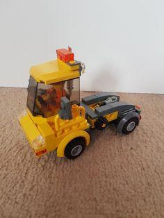 Lego Tractor, Lego Truck, Lego Train Tracks, Lego Trains, Lego Fire, Lego Vehicles, Zz Top, Lego Construction, Cool Lego Creations