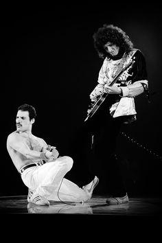 #Rock Guitar Heroes, Queen's Freddie Mercury and Brian May