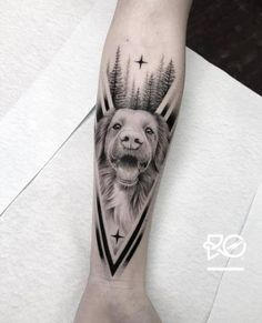 Find the tattoo artists and the perfect inspiration to your … – Tattoos Dog Tattoos, Animal Tattoos, Body Art Tattoos, Print Tattoos, Sleeve Tattoos, Tattoo Tribal, Tattoo Dotwork, Geometric Tattoo Dog, Trendy Tattoos
