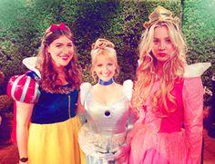 Mayim, Melissa & Kaley, from Mayim's blog