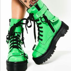 Slime Green Platform Boots With Buckles You Can Remove If You Want! ( Boots Run Small ) Goth Platform Boots, Platform Shoes, Moto Boots, Combat Boots, Shoe Boots, Tumblr Outfits, Grunge Outfits, Punk Fashion, Fashion Shoes