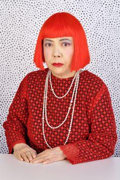 """Yayoi Kusama """"Mis obras mantienen una estrecha relación con mi salud mental"""" Article diari el mundo"""