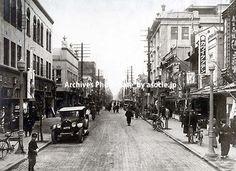 昭和5年頃(1930)横浜・伊勢佐木町。益田啓一郎氏のブログより。