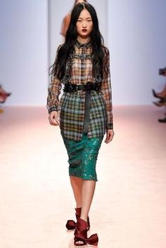 No. 21 Spring 2015 Ready-to-Wear Fashion Show: Complete Collection - Style.com