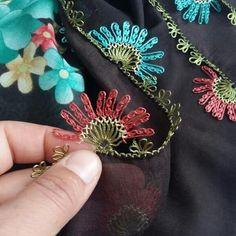 Bilgi ve iletişim için #resopt @igne_aski_ 👈👈 Needle Lace, Thread Work, Needlework, Diy And Crafts, Crochet, Jewelry, Instagram, Lilac, Needlepoint