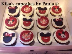 Girls and boys cupcakes