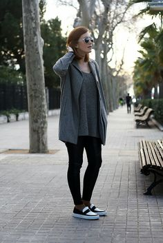 grey coat, leather pants, loafers, monochrome, selfdresssed, redhaired, streetstyle, Barcelona www.selfdressed.com