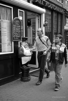 """""""Are you hungry yet?""""  by steppeland Amsterdam street photography"""