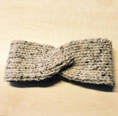 Mes p'tites laines (+ tuto) - Knitting 01 Headband Laine, Diy Headband, Knitted Headband, Knitted Hats, Headbands, Knit Crochet, Crochet Hats, Bonnet Crochet, Ear Warmer Headband