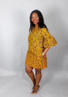 NOUVEAU dans: robe jaune africain imprimé à la main droite