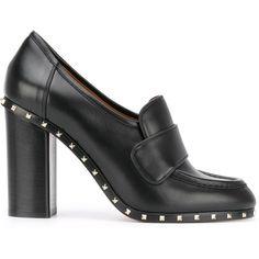 Valentino Garavani Soul Rockstud loafer pumps (€925) ❤ liked on Polyvore featuring shoes, black, leather shoes, black loafer shoes, black leather shoes, black leather loafers and black loafers