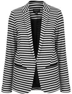 Love this blazer :)