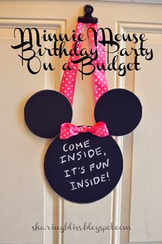 Minnie Mouse Birthday Party on a Budget Change it to Mickey Mouse With no bow Minnie Mouse 1st Birthday, Second Birthday Ideas, Rosalie, 4th Birthday Parties, 2nd Birthday, Birthday Door, Mouse Parties, Minnie Mouse Party Decorations, Minnie Mouse Theme Party