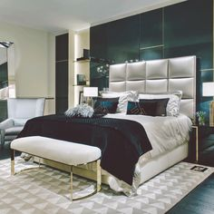 Fendi Casa - dom mody we wnętrzu, fot. Fendi Casa Get some satin in there, upholster bed with satin, not this squared Cheap Furniture, Luxury Furniture, Home Furniture, Furniture Design, Fendi Casa, Luxury Homes Interior, Interior Design, Bedroom Colors, Bedroom Ideas