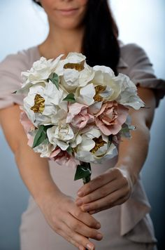 This amazing paper bouquet will look beautiful on your wedding day—and forever after! #MarthaStewartWeddingsMagazine