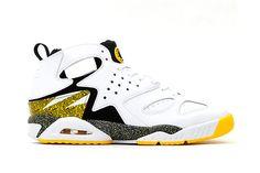 Nike Air Tech Challenge Huarache White/Black-Tour Yellow White Huaraches, Shoe Brands, Nike Poster, Vintage Sneakers, Nike Tech, Fresh Kicks, All About Shoes, Mens Nike Air, Tumblr