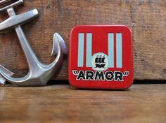 Boite ancienne ARMOR en métal  / Vintage 50's