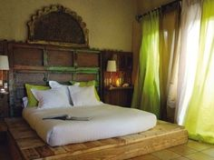 lime green & wood - bedroom, if i had the space i would love the bed.