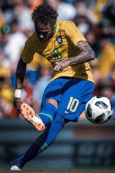 Football Neymar, Brazil Football Team, World Football, Neymar Jr Wallpapers, Cristiano Ronaldo Wallpapers, Neymar Brazil, Messi And Ronaldo, Cristiano Ronaldo 7, Neymar Jr Tattoos